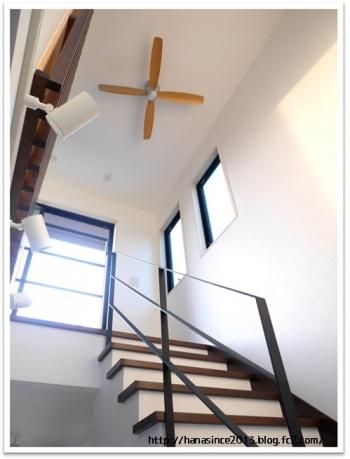 階段と吹き抜け