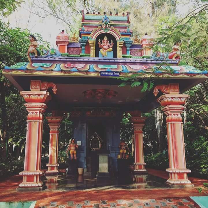2017インド-施設内のガネーシャ寺院