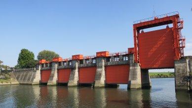 赤水門(旧岩淵水門)