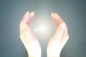 手の出すエネルギー
