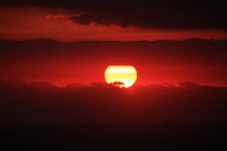 別荘からの朝陽f_1