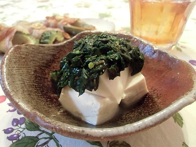 豆腐にモロヘイヤ
