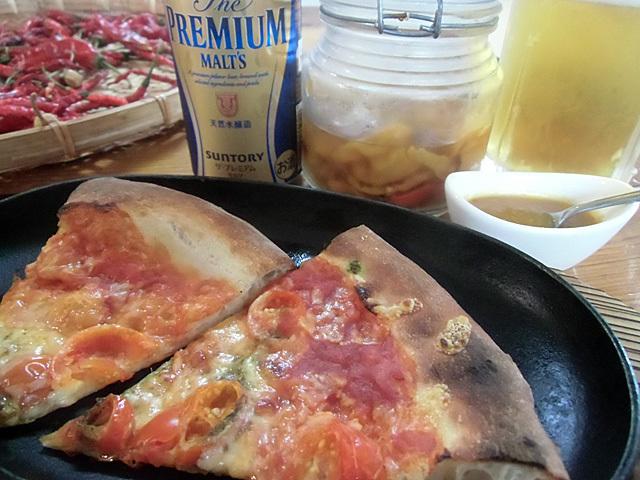 市販のピザにハバネロソース