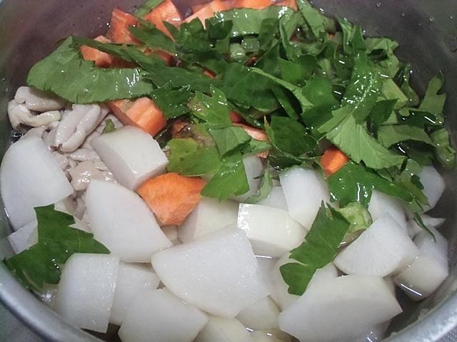野菜もホルモン中心で