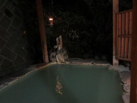 大浴場に続く露天風呂