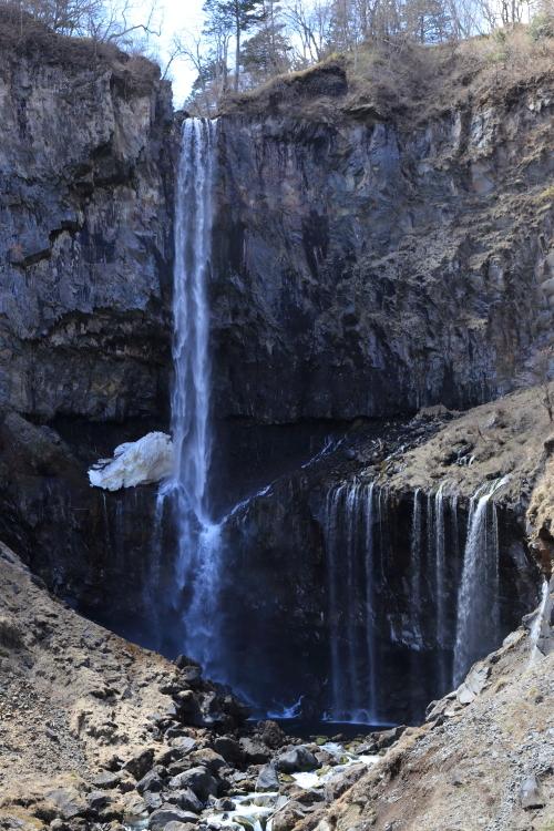 華厳の滝2-S