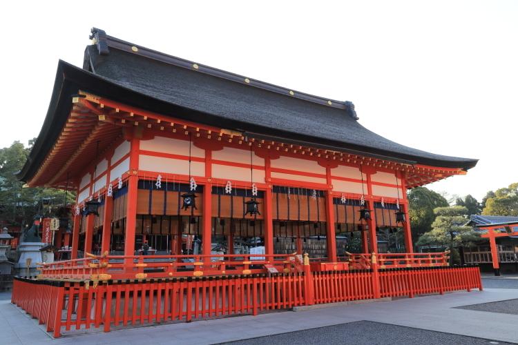 伏見稲荷大社 拝殿-S