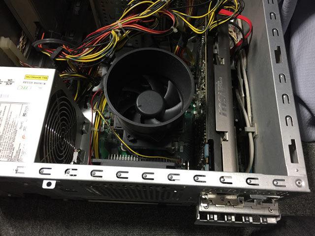 GeForce GTX570取り付け