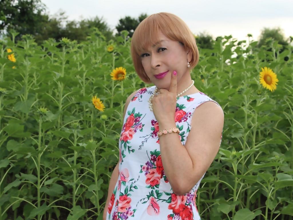 白地に花柄のワンピG(4)