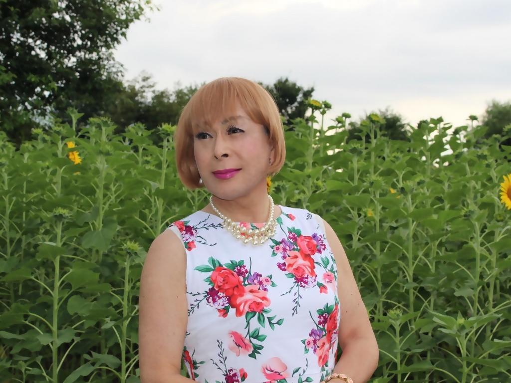 白地に花柄のワンピG(6)