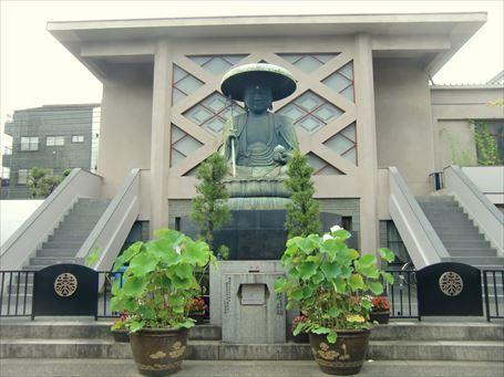 江戸六地蔵で有名な東禅寺