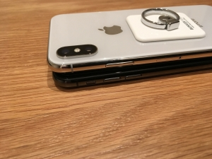iPhoneX2色を重ねてみる