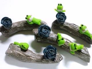 蛙と箸置き