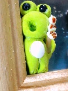 余った粘土で蛇足な蛙 団子付き