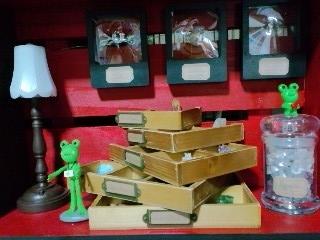 井蛙博物館第二展示室 鉱物コレクション