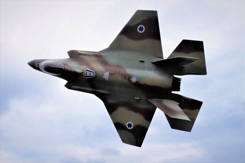 f35i-1.jpg
