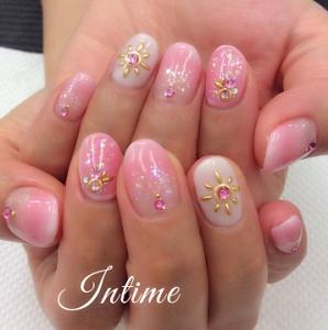 カワイイ系ピンクネイル