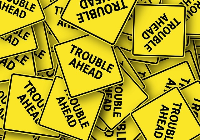 road-sign-1274312_640.jpg