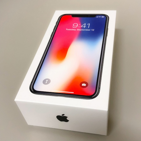 iPhone X 買いました