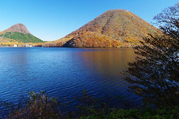 榛名湖から榛名山