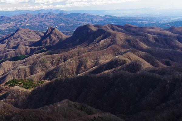 鼻曲山から南方の山々