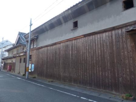 郡中港駅から五色浜へ 山惣商店 2