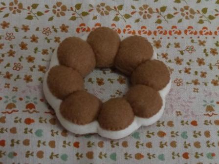 フェルト・ドーナツ ポポラ チョコクリーム 1