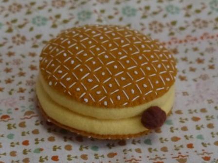 フェルト・ドーナツ ライトクリーム チョコ 2