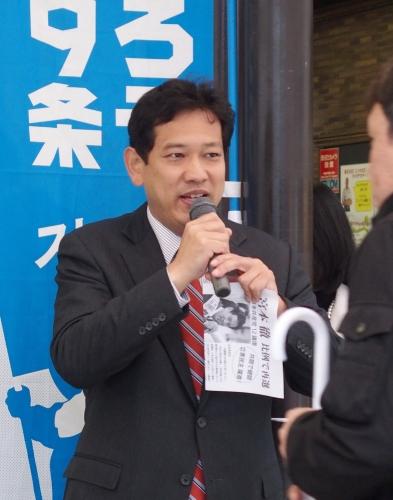 171025宮本徹当選報告・清瀬駅南口PA250011