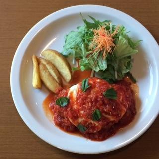 トマトソースバーグ