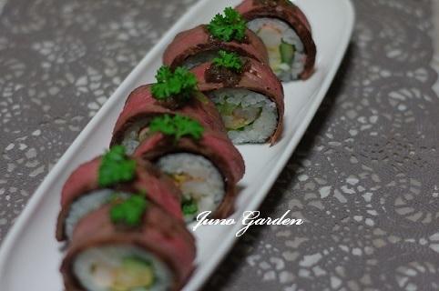 ローストビーフのサラダ寿司巻き1107