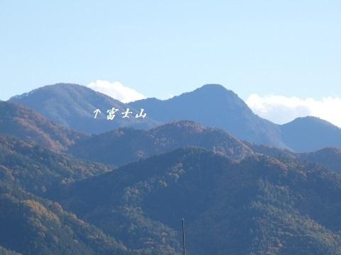 3-2雲に隠れた富士山 -