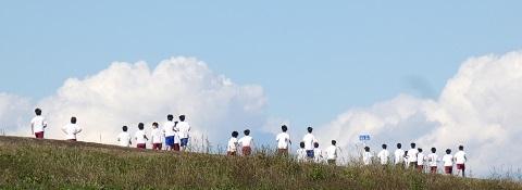 2荒川堤 体育の授業