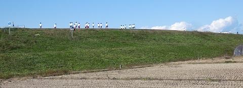 1荒川堤 体育の授業