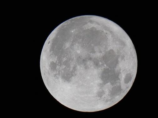 2017年12月4日 午前0時47分 満月