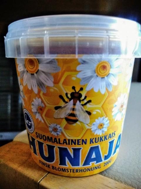 フィンランド製クリームハチミツ3