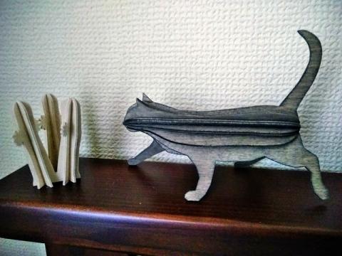 フィンランド製 Lovi 猫とニョロニョロ