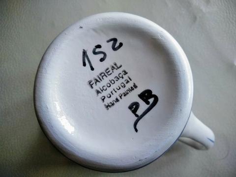 ポルトガル製手書きブルーフラワーのマグカップ3