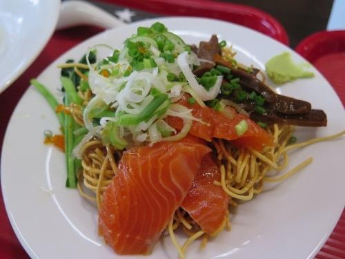 肉と魚のあんかけ麺