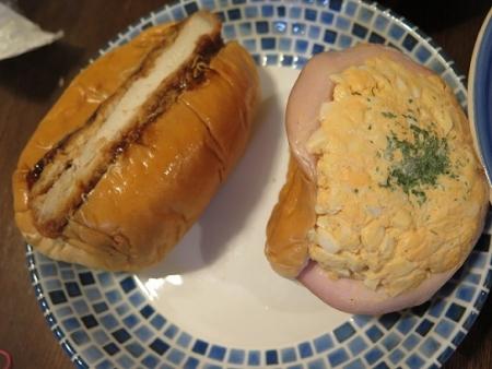 たまごパン、厚切りかつサンド