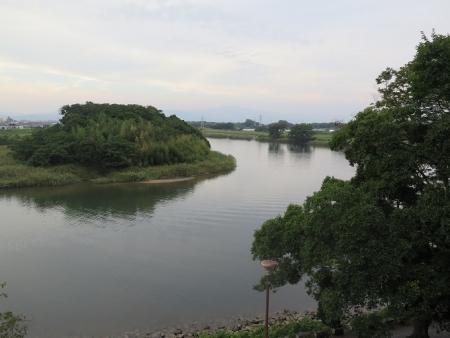 豊橋公園 鉄櫓跡から豊川