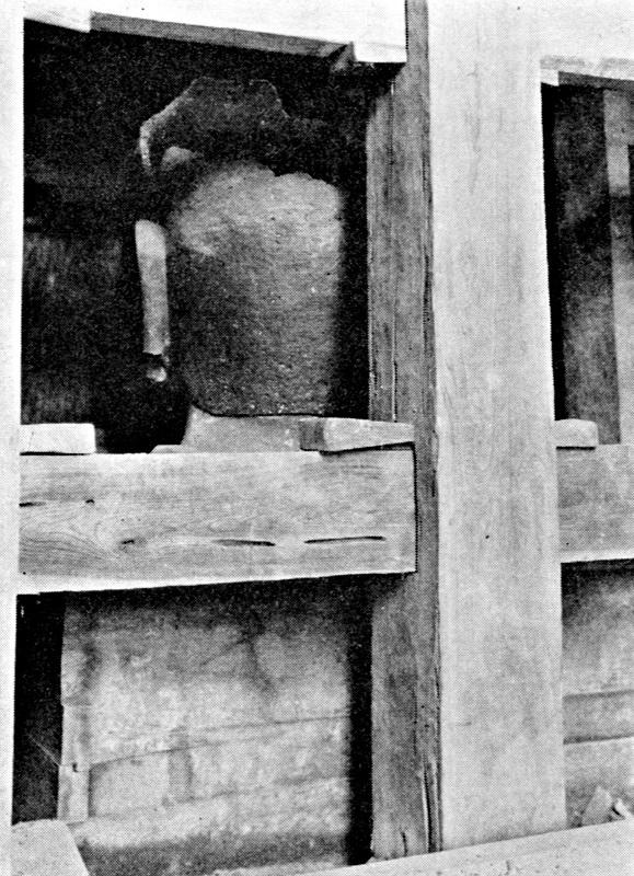 興福寺仏頭が東金堂薬師像台座下から発見された時の状況