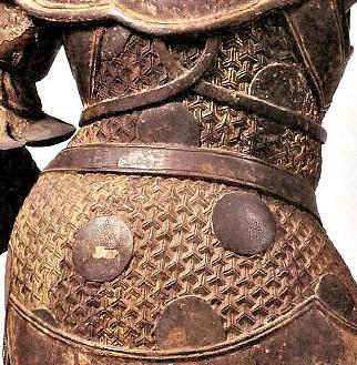 河合寺・多門天像背部の見事な毘沙門亀甲文様
