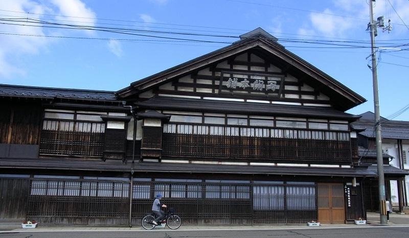 湯沢市・両関酒造本社