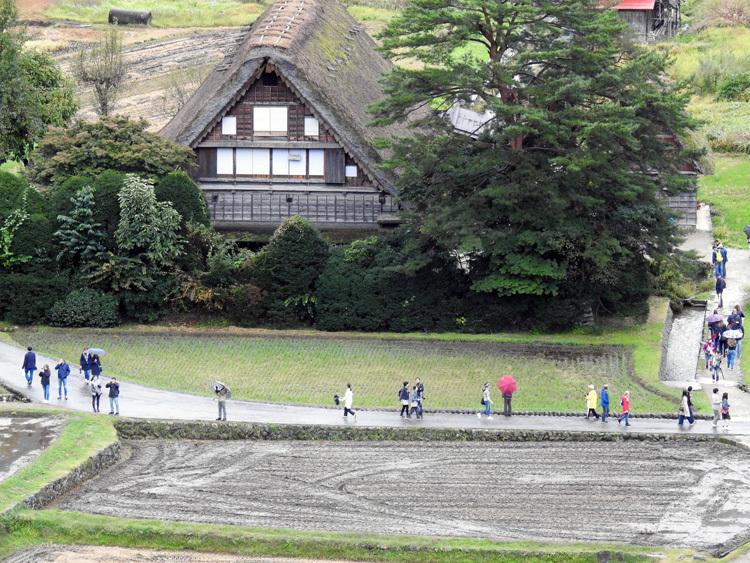 白川郷 どぶろく祭りは今月19日まで6
