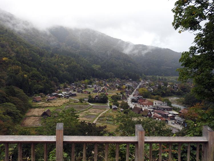 今週末、台風来るけど旅行いく 白川郷11