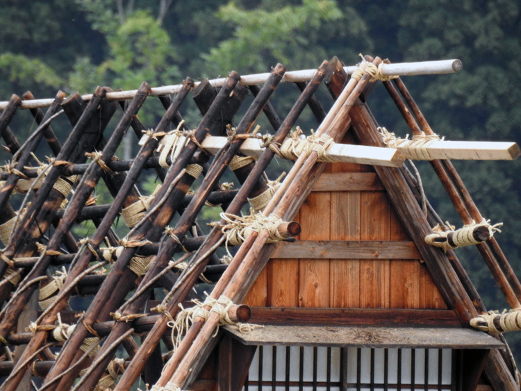 かん町附近 屋根の葺き替え風景11