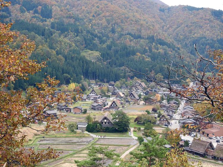 世界遺産白川郷の秋を楽しむやすらぎの旅行9