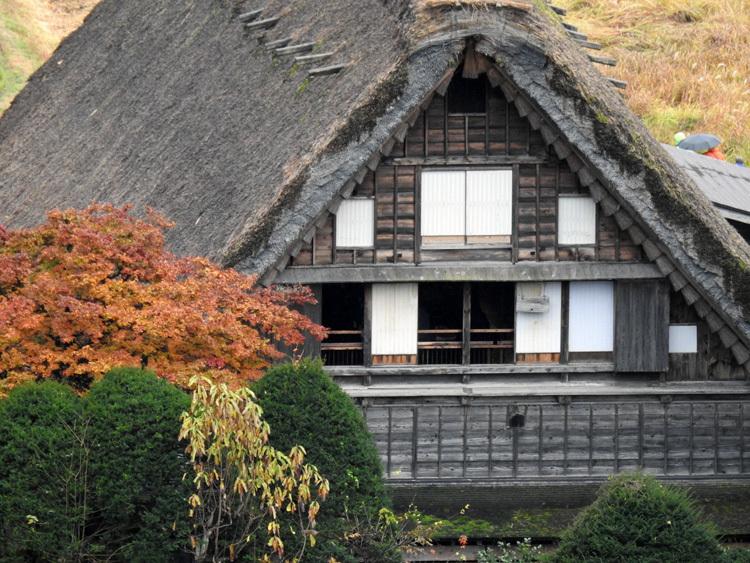 白川郷 こう雨が続くと海外から日本に旅行で来ている人達が可哀想6