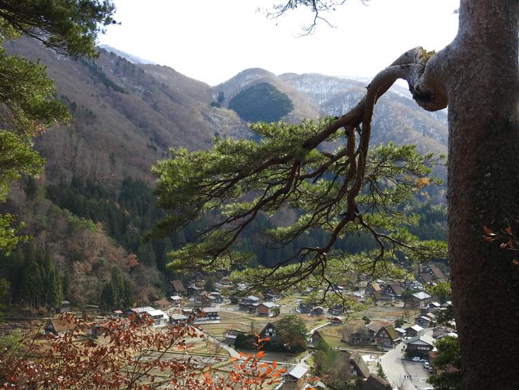 毎年冬の訪れを感じると、思わず浮かべるあの風景 白川郷 4